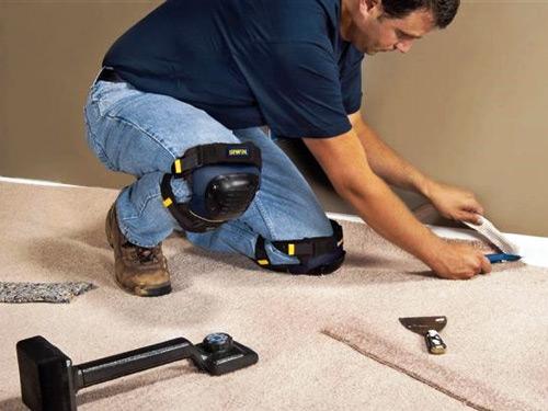 Особенности укладки коврового покрытия: материалы и инструменты