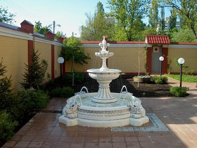 Разновидности садовых фонтанов.